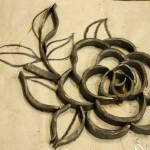 ロートアイアンのバラの装飾