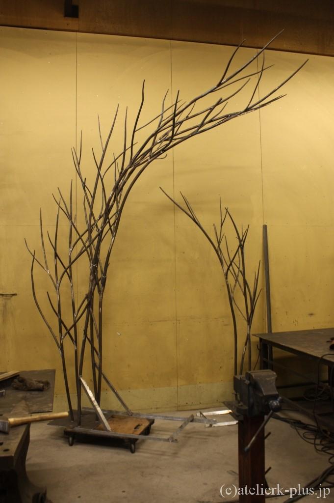 ロートアイアンのツリーオブジェ