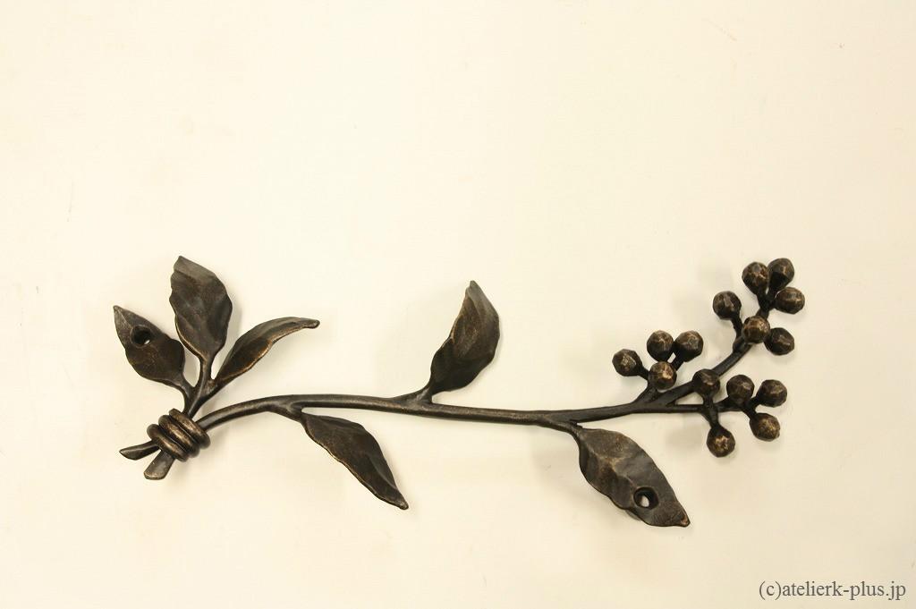 ロートアイアンの表札周りの装飾