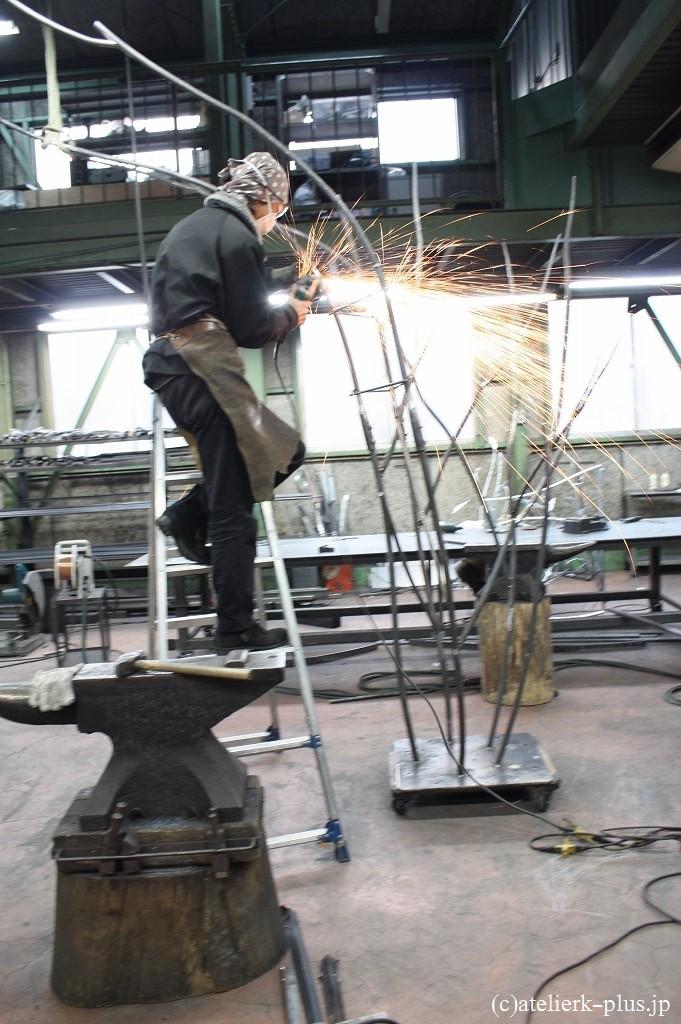 制作中のツリーオブジェ