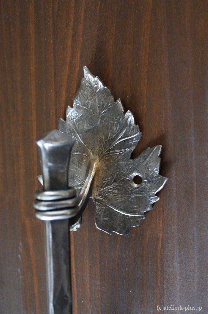 ロートアイアンのドア取っ手
