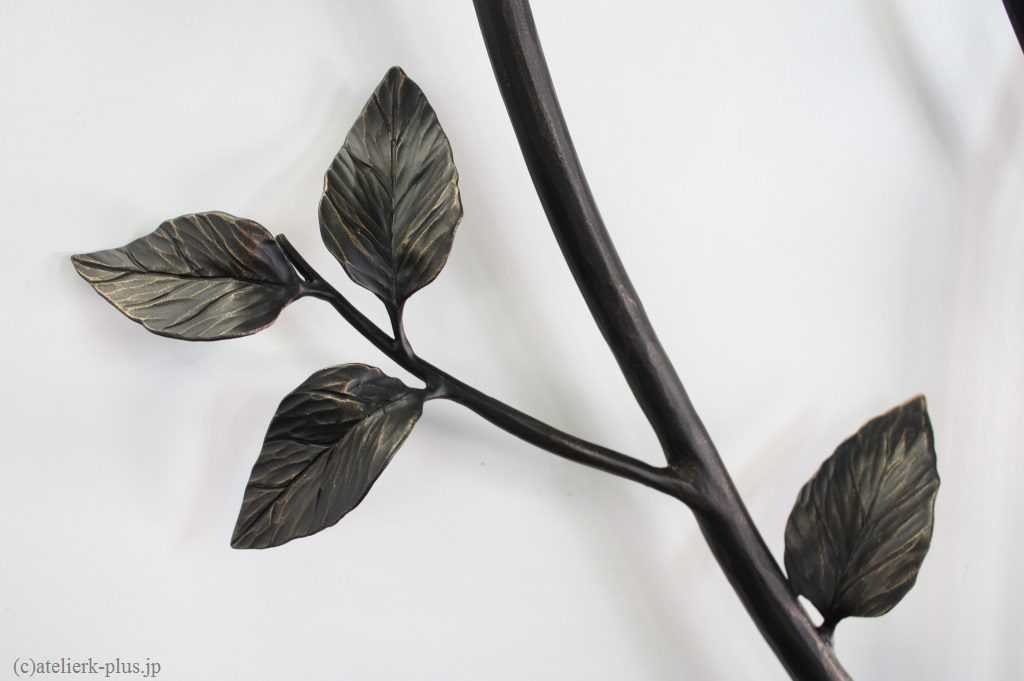 ロートアイアンの葉っぱ