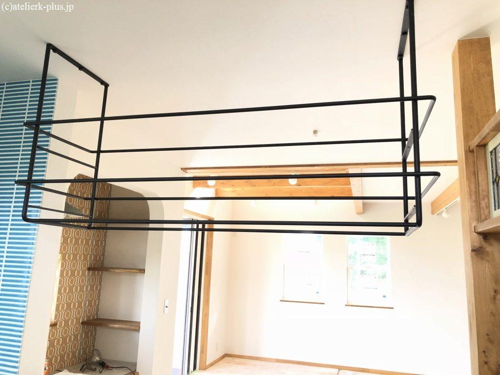 ロートイアンの吊り棚