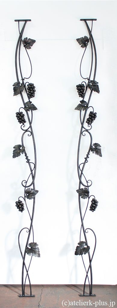 ロートアイアンの飾り格子