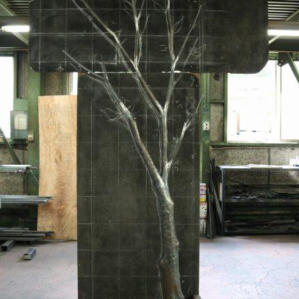 ロートアイアンの木
