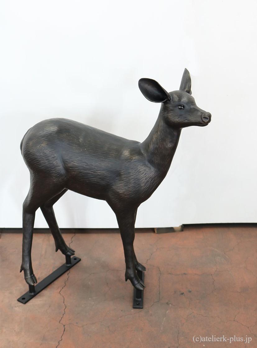 ロートアイアンの小鹿