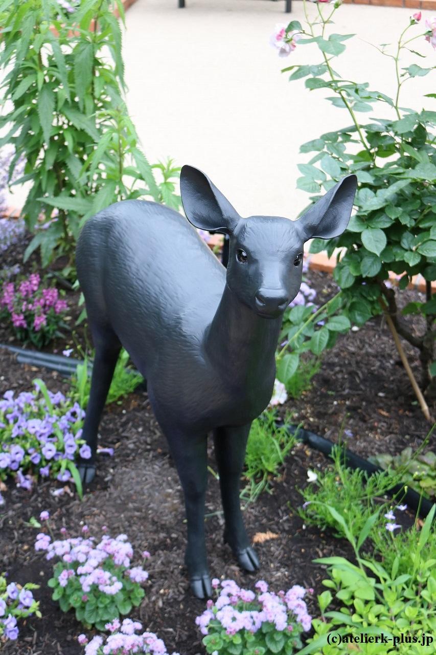 ロートアイアンの子鹿